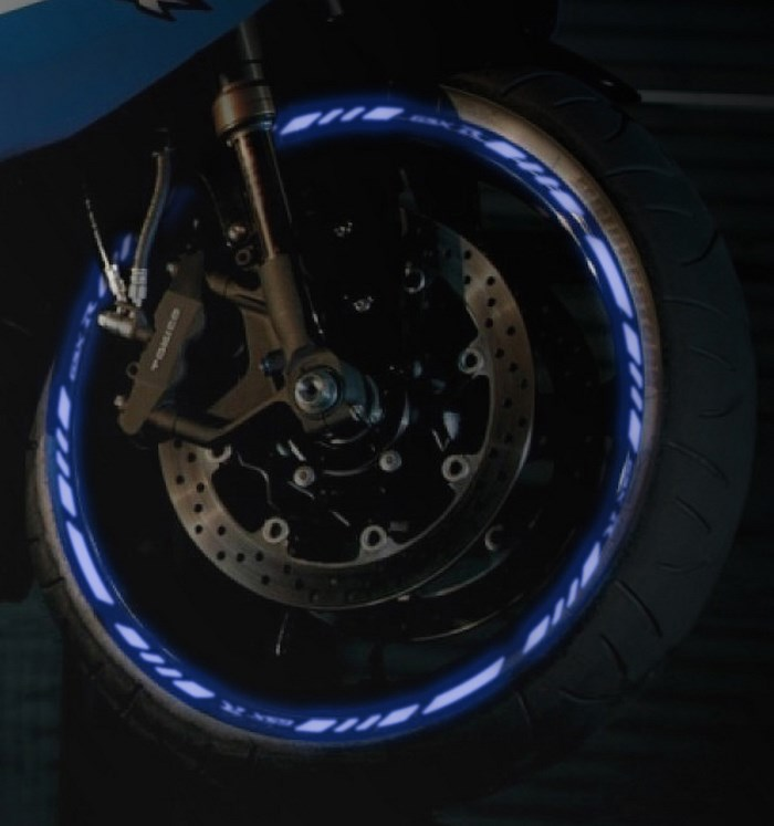 Blue wheel rim tape - Glow effect